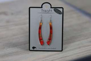 TracyH Earring Long Curve Foil Stripes Red