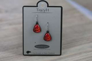 TracyH Earring Triangle loops Red