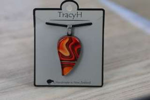 TracyH Pendant Large Leaf reflection Orange