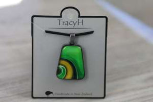 TracyH Pendant Trapeze Large Ribbon Green