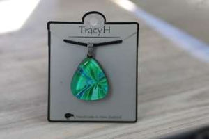 TracyH Pendant Triangle Bow Turq