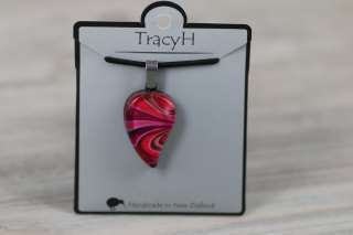 TracyH Pendant Small Leaf Bow Pink