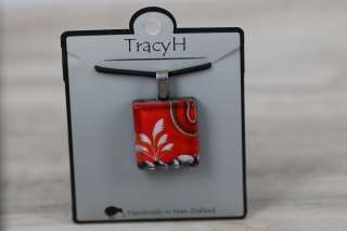 TracyH  Pendant Square-Kiwi ToiToi White Orange