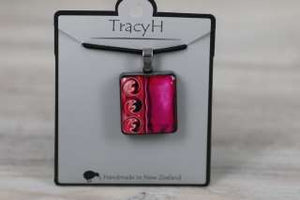 TracyH Pendant Square 3 Waves Pink