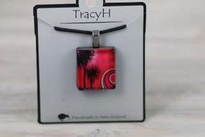 TracyH Pendant Square-Kiwi Cabbage Pink