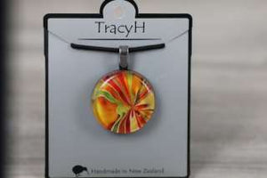 TracyH Pendant Round Bow Orange