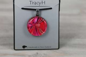 TracyH Pendant Round Bow Pink