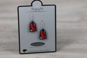 TracyH Earring Trapeze Two Waves Pink