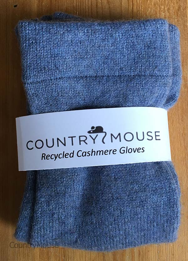 Blue denim recycled cashmere gloves