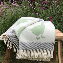Load image into Gallery viewer, J.J. Textiles Geese wool throw