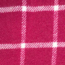 Load image into Gallery viewer, Hot PInk Pure New Wool Throw detail