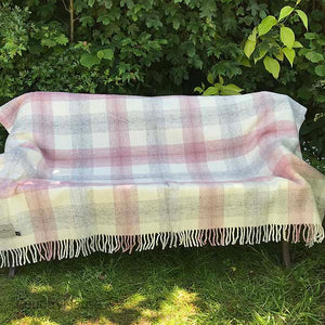Pink check Pure New Wool Throw open