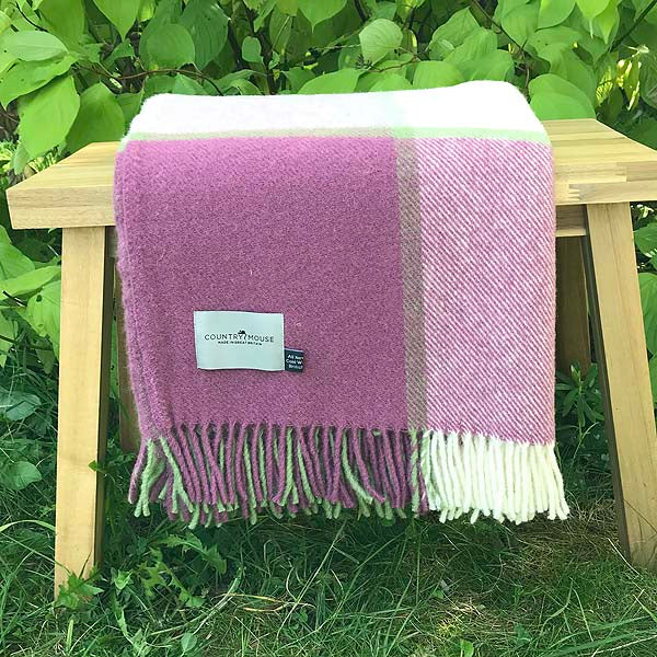 Raspberry Block Wool Throw