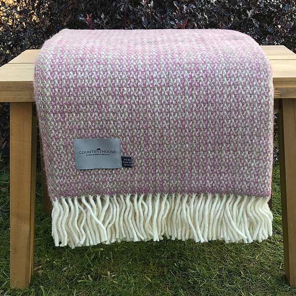 Raspberry illusion wool throw