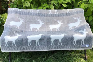 Stag wool blanket open