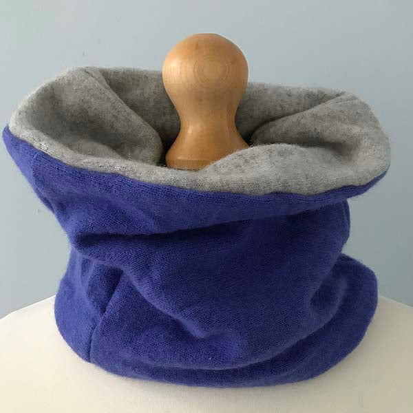 Violet and grey cashmere neck warmer