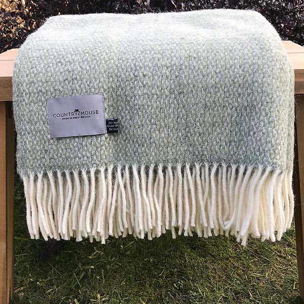 Sage illusion wool throw