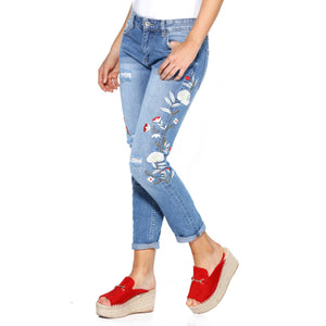 Blue jeans with embroidered flowers and torns - 015335 Jeans WOMAN GIRL JEANS LENGH