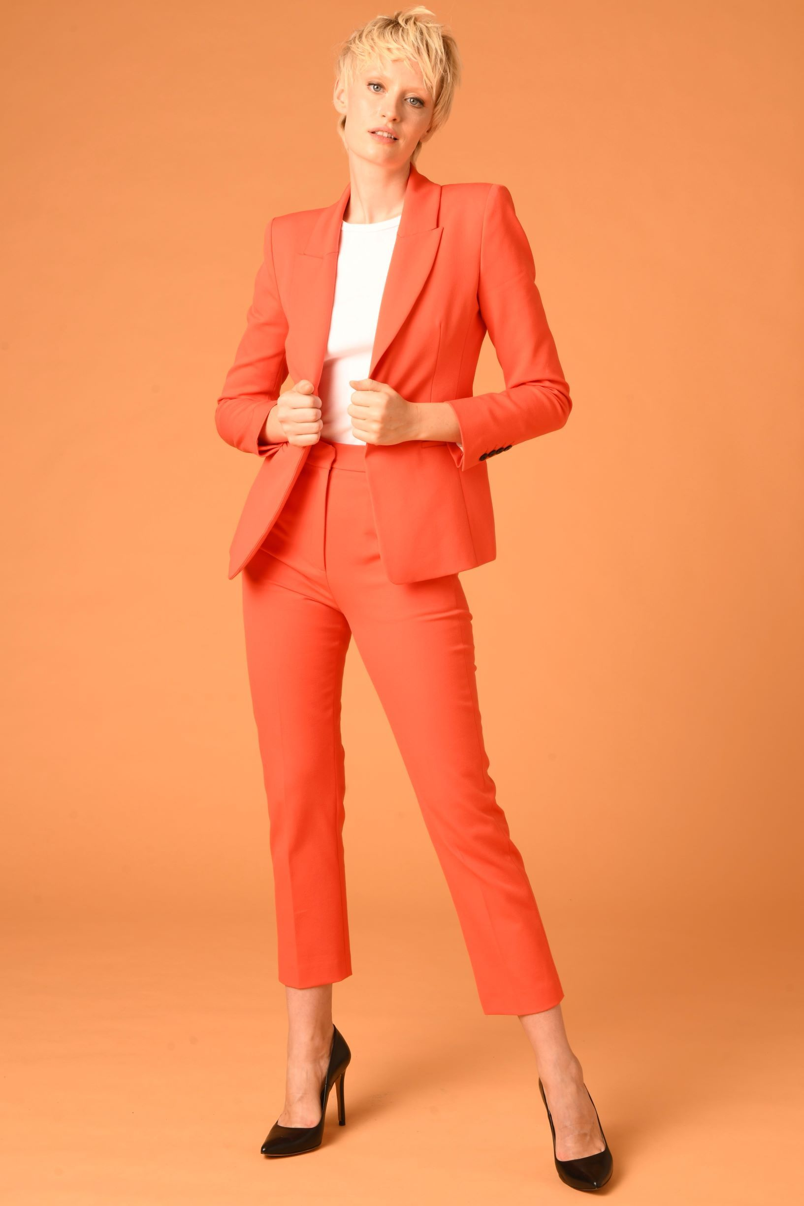 The De Beauvoir Blazer - CORAL LIMITED