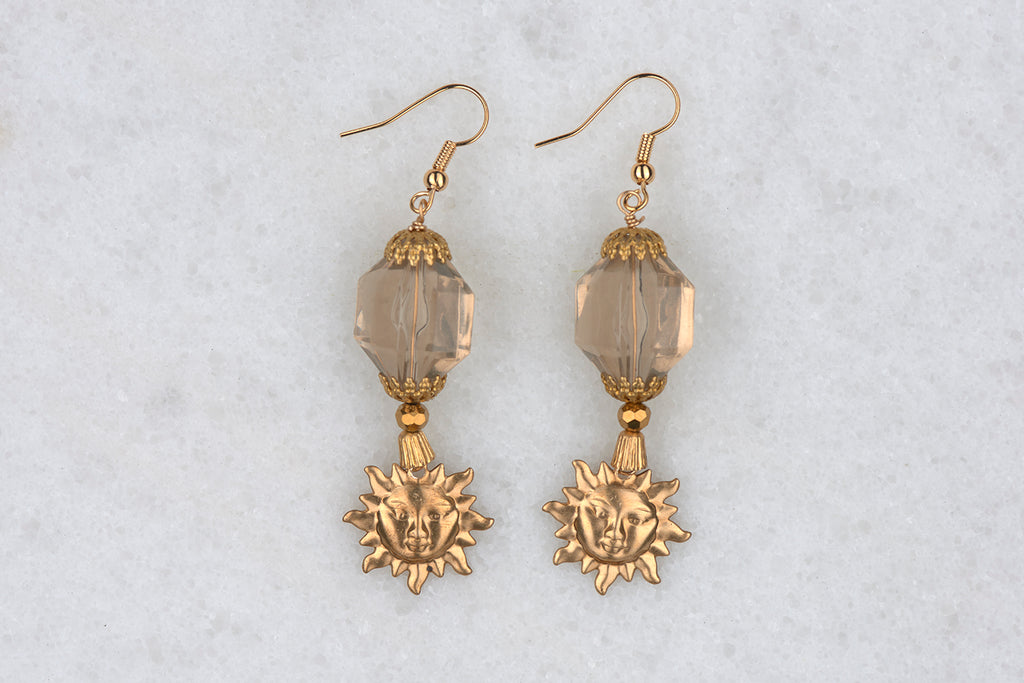 Revel in Summer all year long with these Sun Lover Earrings!
