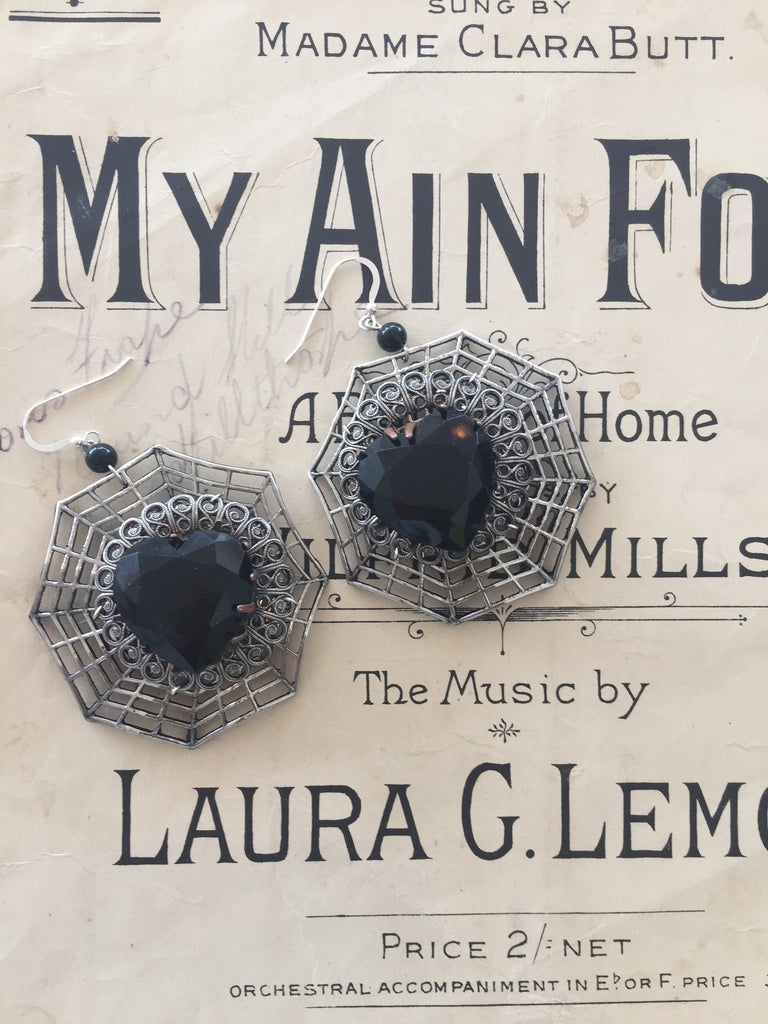 Arachnophobe alert! Love Spiders Earrings by Ghost and Lola vintage