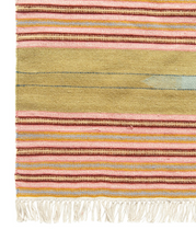 Load image into Gallery viewer, Handwoven Wool Kilim Rug