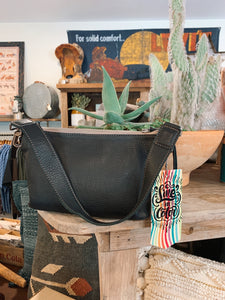 Pouch, Frida, Evie Black