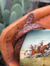 "Load image into Gallery viewer, 38"" Floral Tooled Belt"