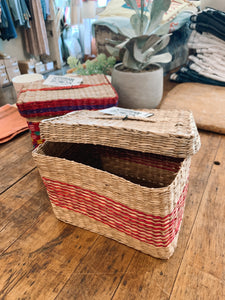 Seagrass Basket w/ Lid