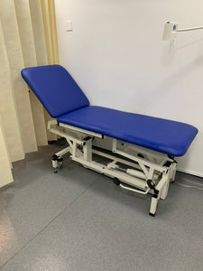 Reconditioned Two Section Hydraulic Medical / Physio Treatment Couch