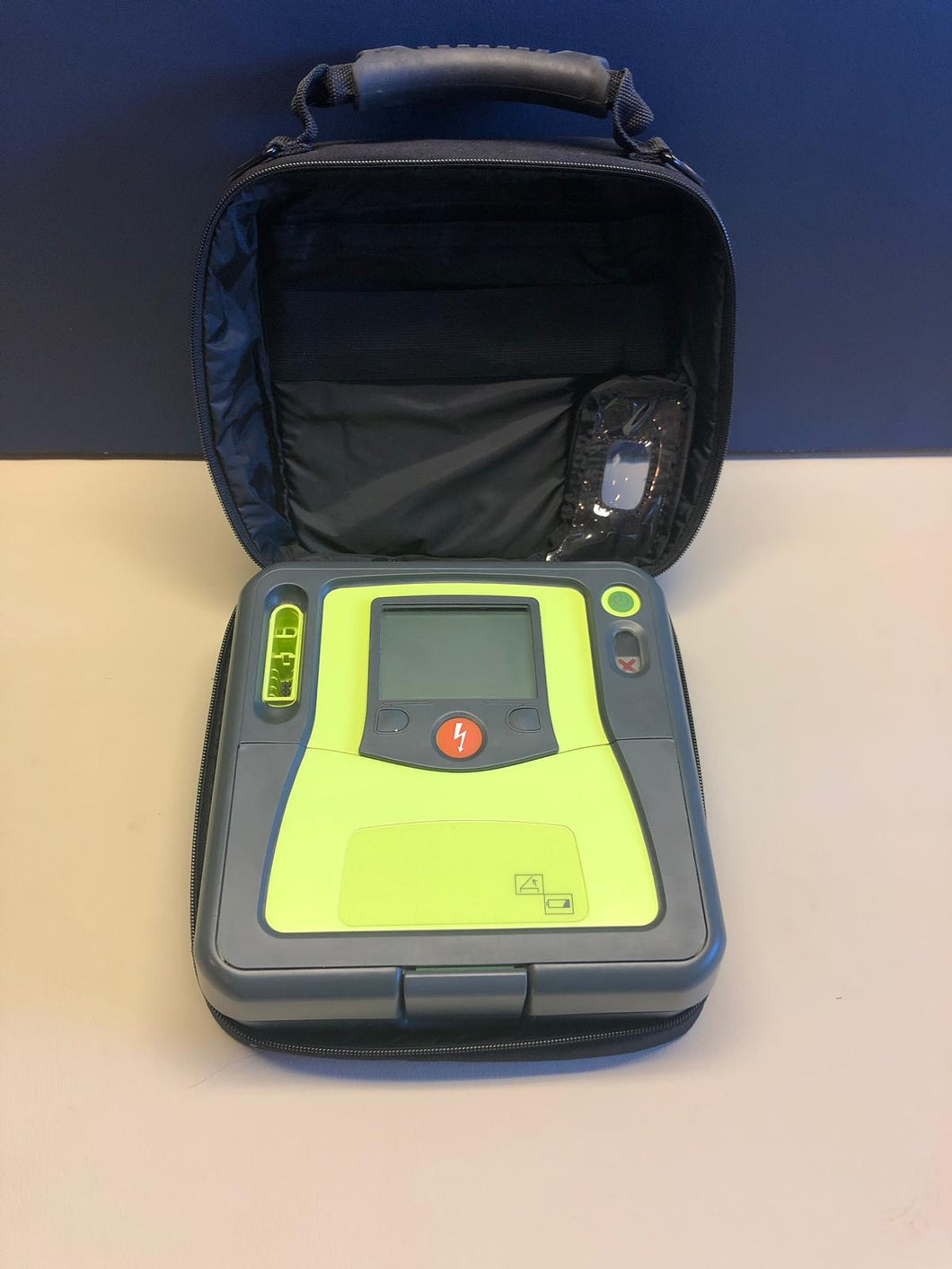 Reconditioned Zoll AED Pro