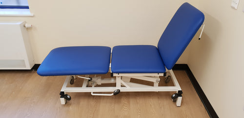 Reconditioned 3 Section Hydraulic Medical / Physio / Treatment Couch