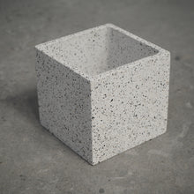Load image into Gallery viewer, 75mm Square Concrete Pot