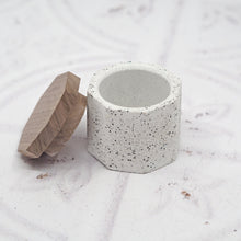 Load image into Gallery viewer, Octagonal Concrete Mini Pot