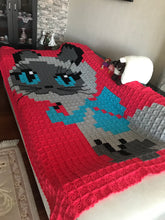 Load image into Gallery viewer, CAT FIGURE BLANKET HANDMADE