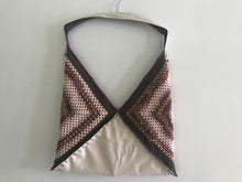 Load image into Gallery viewer, HANDMADE SHOULDER BAG, CROCHET AND WOODEN BEAD