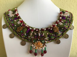HANDMADE BOHOSTYLE NECKLACE, GREEN COLOUR.