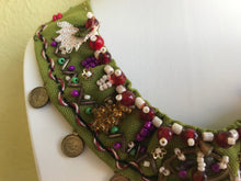 Load image into Gallery viewer, HANDMADE BOHOSTYLE NECKLACE, GREEN COLOUR.
