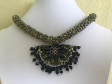 Load image into Gallery viewer, BIB NECKLACES WOMEN JEWELRY, GREEN COLOUR. HANDMADE BEADED CROCHET