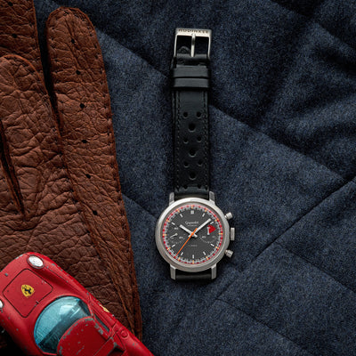 1960s Gigandet 'Racing' Chronograph alternate image.