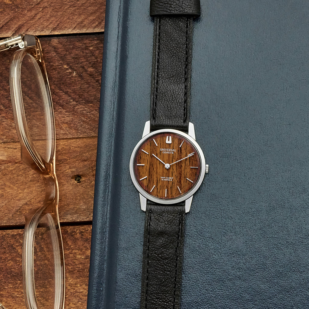 1970s Universal Genève Retailed by Van Cleef & Arpels Ref. 842101 With 'Wood' Dial