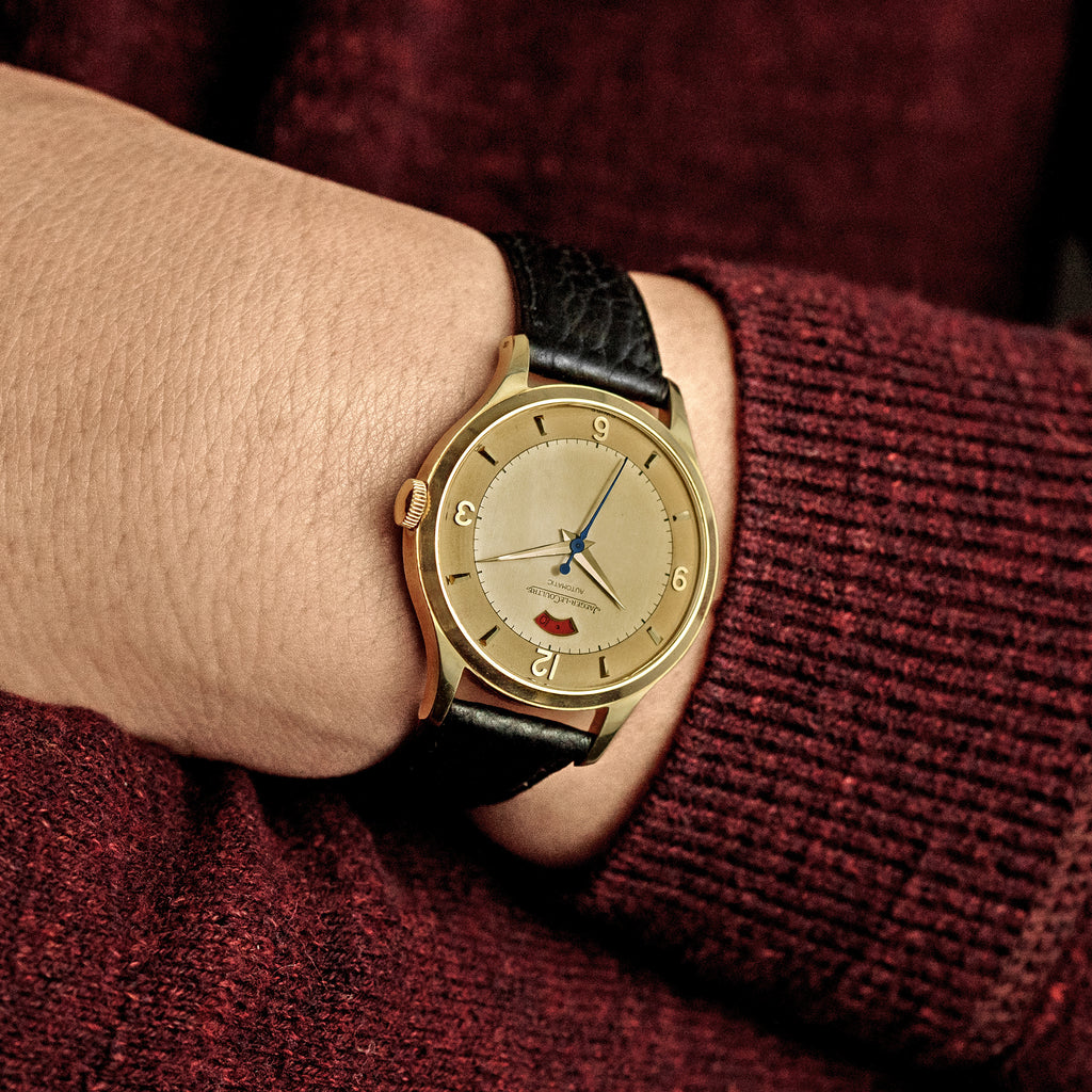 1960s Jaeger-LeCoultre Dress Watch In 18k Yellow Gold With Bumper Movement