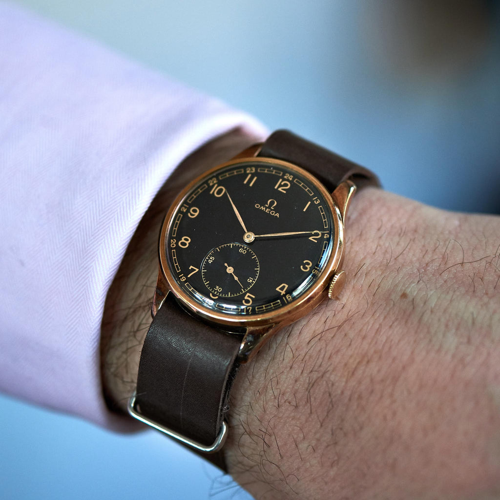 1930s 14k Yellow Gold Omega With Black Gilt Dial