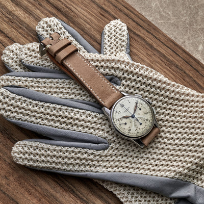Autodromo for HODINKEE Limited Edition Stringback Driving Gloves In Grey alternate image.