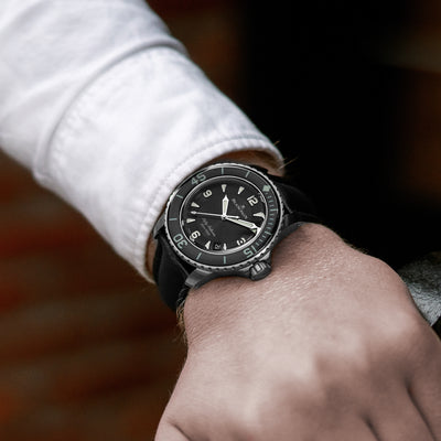 Blancpain Fifty Fathoms Automatique 45mm Black Dial In Titanium alternate image.