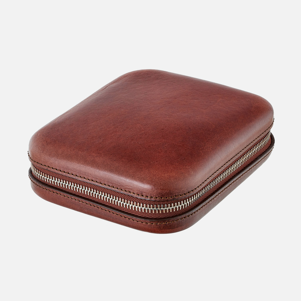 Burgundy Moulded Oak-Tanned Leather Case For Four Watches