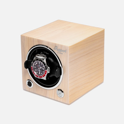 Evo Cube Watch Winder In Maple alternate image.