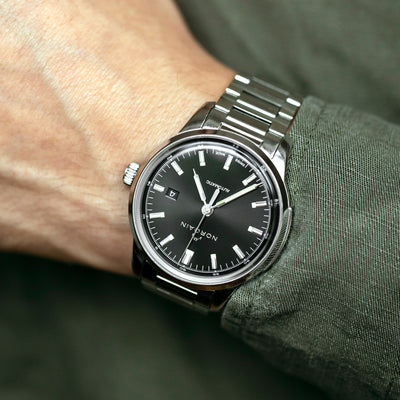 NORQAIN Freedom 60 Automatic Black Dial On Bracelet alternate image.