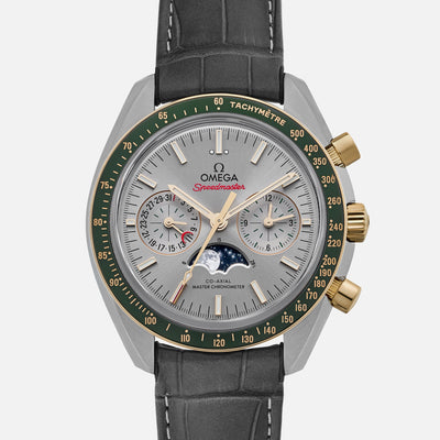 OMEGA Speedmaster Moonwatch Co-Axial Master Chronometer Moonphase Chronograph 44.25mm Grey Dial With Green Bezel In Two Tone