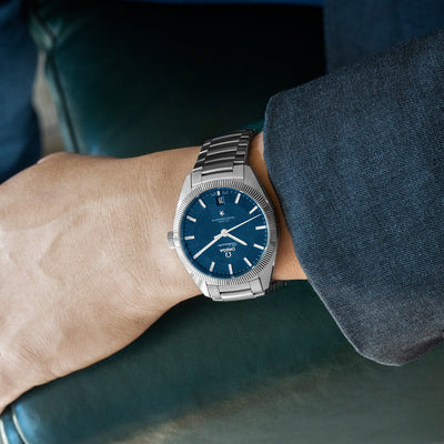 Omega Constellation Globemaster Co-Axial Master Chronometer 39mm Blue Dial alternate image.